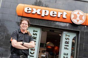 Expert Eliesen